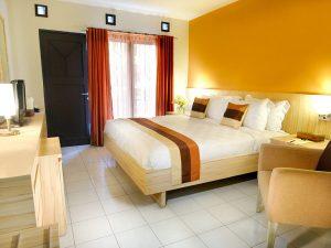 Superior Room - Queen Bed