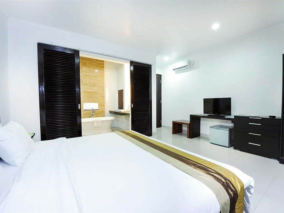 Town House - Bedroom