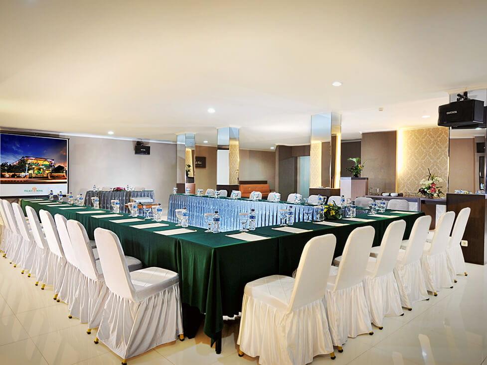 Business Meeting Akasia - Room U Shape Style