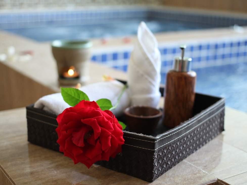 Relax Rejuvenate - Palace Hotel Cipanas